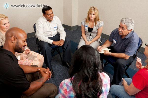 A szenvedélybetegségek kezelésének egyik formája: a csoportterápia